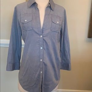 Beautiful Elizabeth and James blue chambray top
